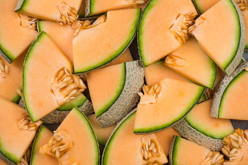 Honeydew Melon Carbs Gi Zinc Vitamins And More Cantaloupe does not require pancreatic enzymes for its digestion, as all cantaloupe has plenty of potassium, the mineral that works with sodium to keep heartbeats regulated, and vitamins b3 and b6. honeydew melon carbs gi zinc vitamins and more